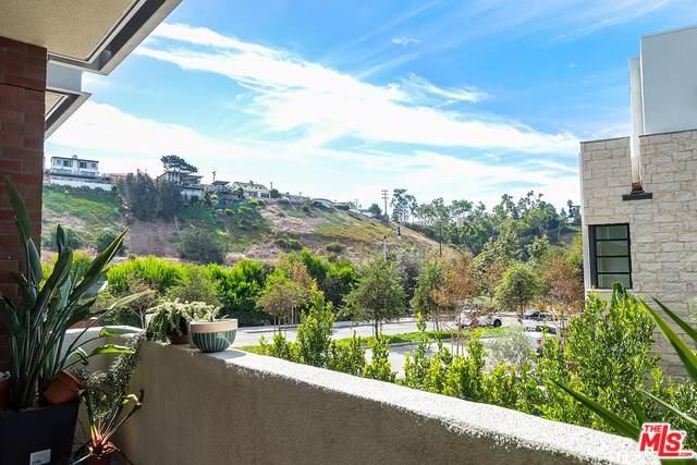 12655 Bluff Creek Drive #129, Playa Vista, CA 90094 (#19521710) :: Team Tami