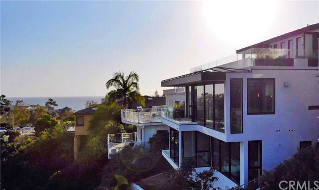504 Hazel Drive, Corona Del Mar, CA 92625 (#PW19241575) :: Scott J. Miller Team/ Coldwell Banker Residential Brokerage