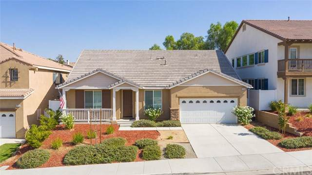 15750 Hammett Court, Moreno Valley, CA 92555 (#SW19246776) :: A|G Amaya Group Real Estate