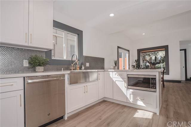 870 N Marengo Avenue, Pasadena, CA 91103 (#DW19246823) :: The Brad Korb Real Estate Group