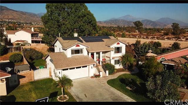 7615 Stoney Creek Court, Highland, CA 92346 (#DW19246865) :: Faye Bashar & Associates