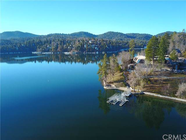 706 Shelter Cove Drive, Lake Arrowhead, CA 92352 (#EV19247045) :: Steele Canyon Realty