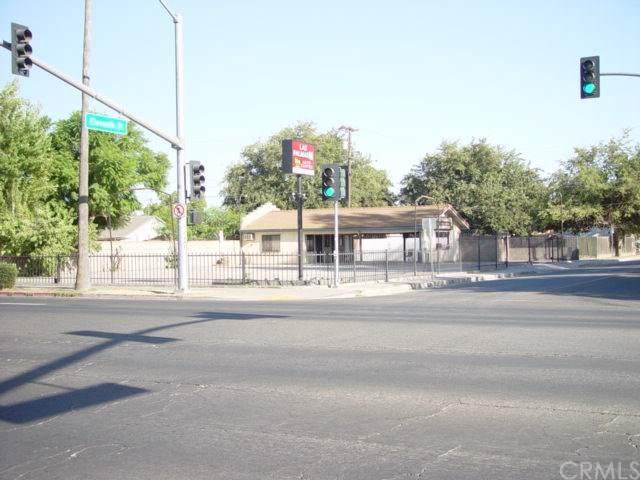 1029 Robertson Boulevard, Chowchilla, CA 93610 (#MD19247040) :: Berkshire Hathaway Home Services California Properties