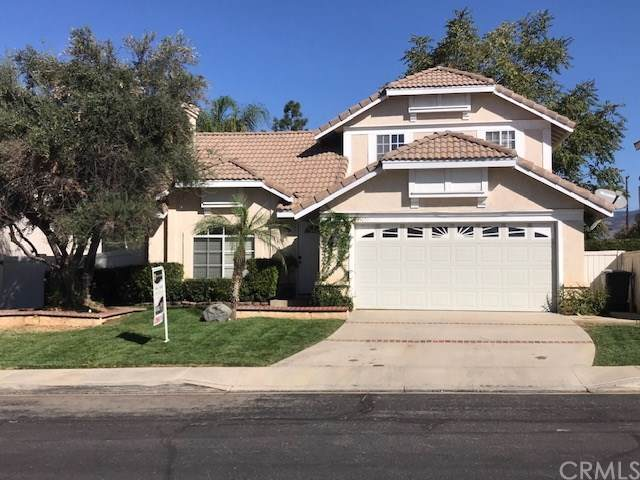 34742 Tara Lane, Yucaipa, CA 92399 (#CV19247167) :: The Miller Group
