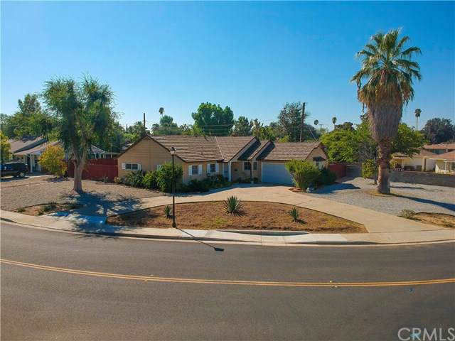 3540 Nelson Street, Riverside, CA 92506 (#EV19247194) :: Powerhouse Real Estate