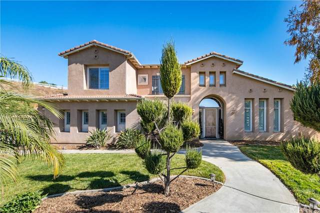 940 Creek View Lane, Redlands, CA 92373 (#EV19247219) :: The Marelly Group | Compass