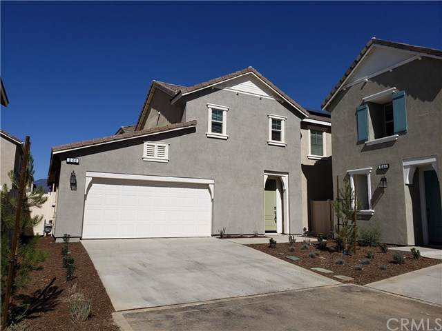 848 Bluebell Way, Beaumont, CA 92223 (#WS19247396) :: The Marelly Group | Compass