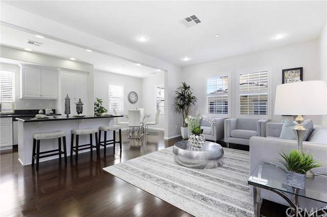 182 Full Moon, Irvine, CA 92618 (#OC19247425) :: The Marelly Group | Compass