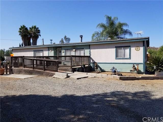 29765 Patterson Avenue, Winchester, CA 92596 (#IV19247636) :: Steele Canyon Realty