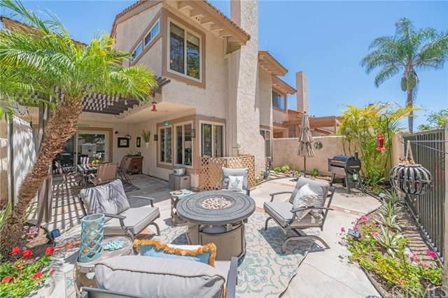 8456 Oakstone Circle, Huntington Beach, CA 92646 (#OC19246998) :: Team Tami