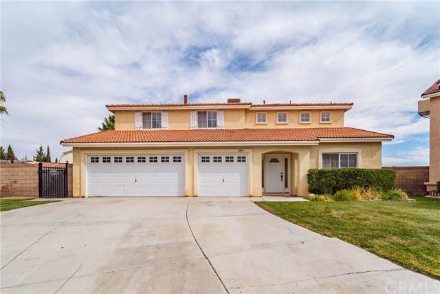 2801 Gershwin Drive, Lancaster, CA 93536 (#IV19247680) :: Rogers Realty Group/Berkshire Hathaway HomeServices California Properties