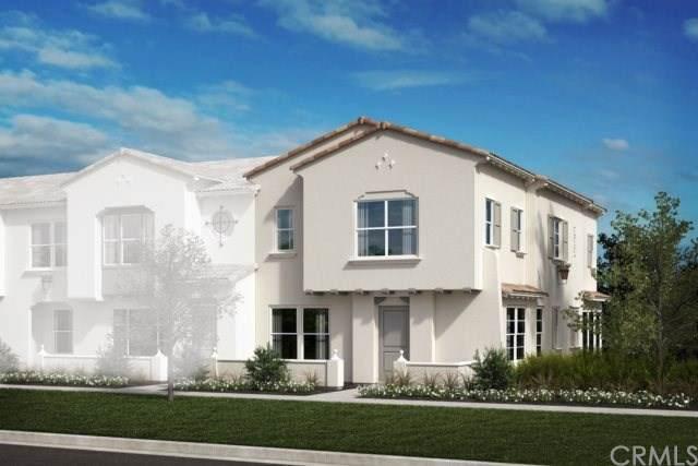 7155 Citrus Avenue #305, Fontana, CA 92336 (#IV19247786) :: Mainstreet Realtors®