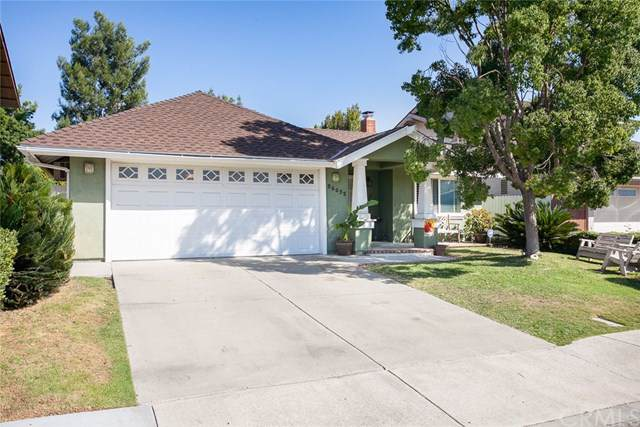 25532 Oak Leaf Road, Laguna Hills, CA 92653 (#OC19240995) :: Steele Canyon Realty