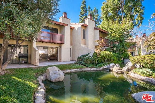 5720 Owensmouth Avenue #136, Woodland Hills, CA 91367 (#19522576) :: The Marelly Group   Compass