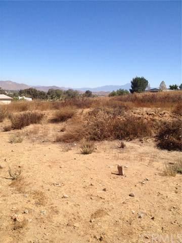 0 Saddleback Lane, Menifee, CA  (#PW19247948) :: RE/MAX Estate Properties