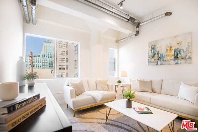 939 S Broadway #807, Los Angeles (City), CA 90015 (#19522732) :: The Marelly Group | Compass