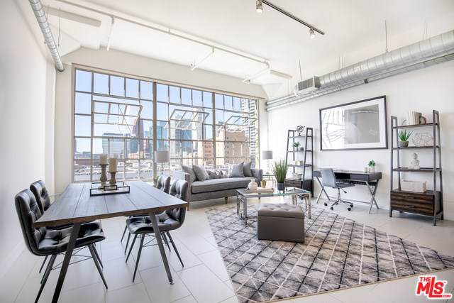 939 S Broadway #202, Los Angeles (City), CA 90015 (#19522658) :: The Marelly Group | Compass