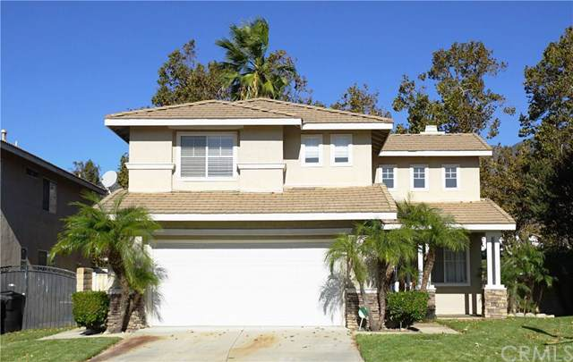 5538 Hunt Club Drive, Fontana, CA 92336 (#MB19248493) :: Pam Spadafore & Associates