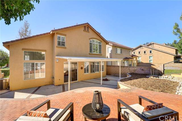 14896 Sydney Avenue, Fontana, CA 92336 (#IV19248813) :: The Marelly Group | Compass