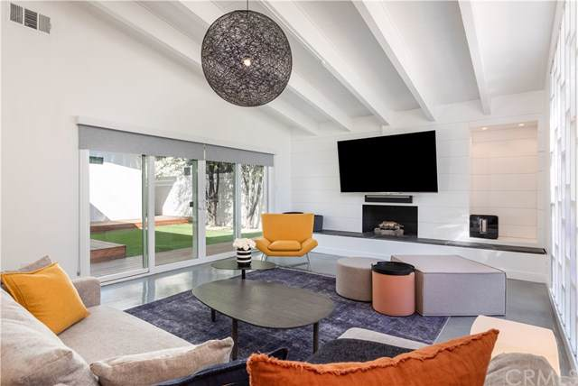 353 Winslow Avenue, Long Beach, CA 90814 (#PW19248309) :: The Marelly Group | Compass