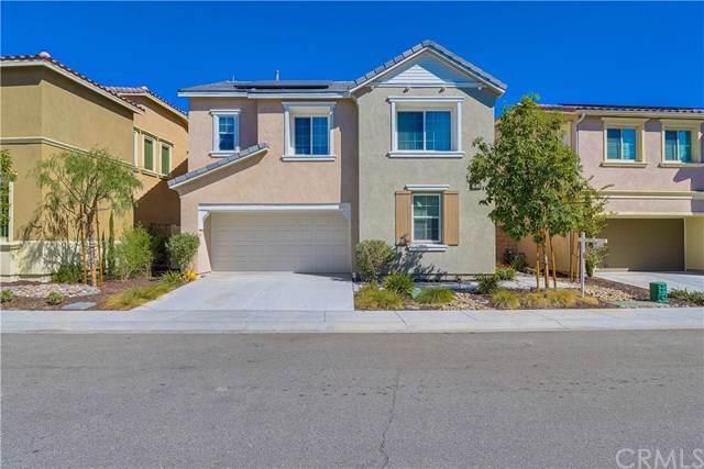24214 Carnation Way, Lake Elsinore, CA 92532 (#TR19249116) :: McLain Properties
