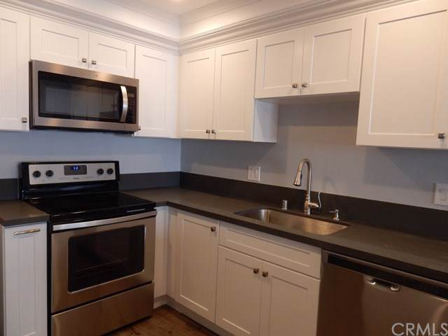 5700 Ravenspur Drive #205, Rancho Palos Verdes, CA 90275 (#SB19247110) :: The Brad Korb Real Estate Group