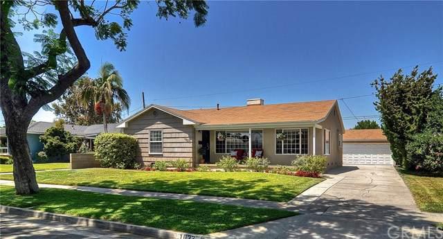 1023 W 18th Street, Santa Ana, CA 92706 (#OC19186589) :: Better Living SoCal