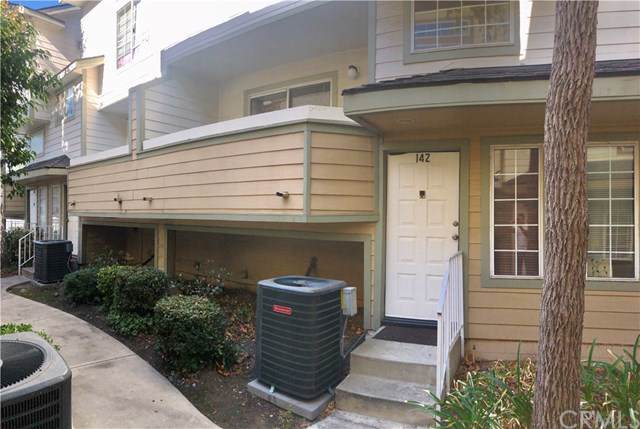 11150 Glenoaks Boulevard #142, Pacoima, CA 91331 (#AR19249204) :: Rogers Realty Group/Berkshire Hathaway HomeServices California Properties