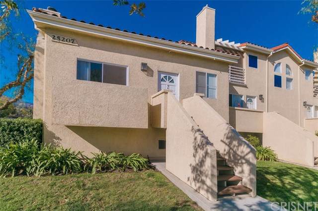25207 Fourl Road #4, Newhall, CA 91321 (#SR19248565) :: The Marelly Group | Compass