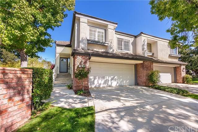 24402 Hampton Drive B, Valencia, CA 91355 (#SR19244722) :: The Marelly Group | Compass
