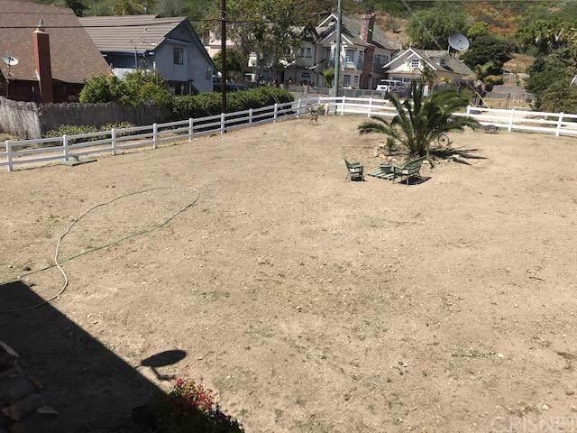 6987 Fillmore Avenue, Ventura, CA 93001 (#SR19249087) :: California Realty Experts