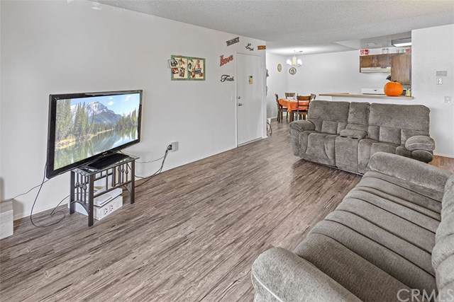 26200 Redlands Boulevard #26, Redlands, CA 92354 (#PW19248983) :: Rogers Realty Group/Berkshire Hathaway HomeServices California Properties