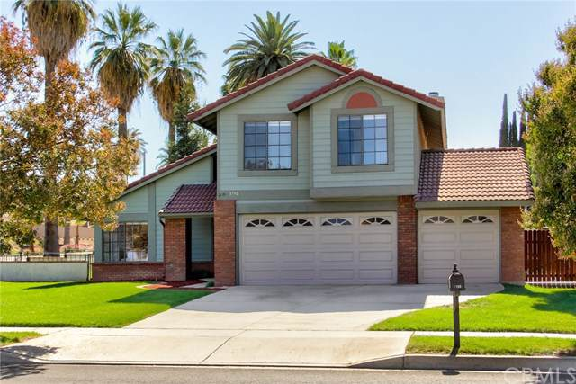 1790 Somerset Lane, Redlands, CA 92374 (#EV19248895) :: J1 Realty Group