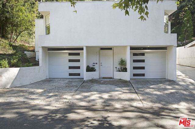 9630 Yoakum Drive, Beverly Hills, CA 90210 (#19523068) :: Z Team OC Real Estate