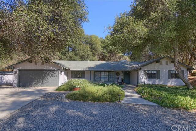 49963 Meadowview Drive, Oakhurst, CA 93644 (#FR19249791) :: Rogers Realty Group/Berkshire Hathaway HomeServices California Properties