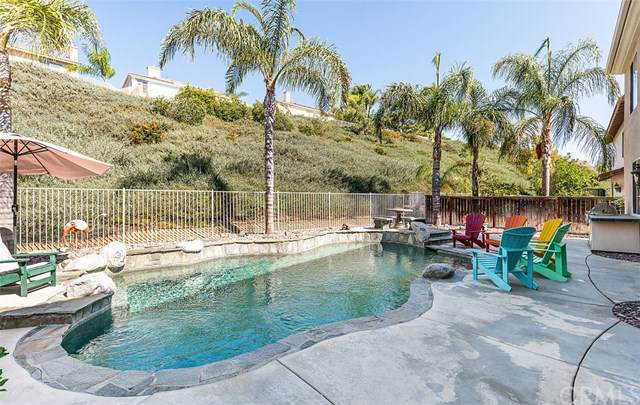 45272 Chateau Ct, Temecula, CA 92592 (#ND19249919) :: J1 Realty Group