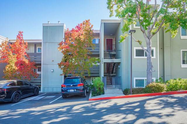 4000 Farm Hill Boulevard #302, Redwood City, CA 94061 (#ML81773623) :: Mainstreet Realtors®