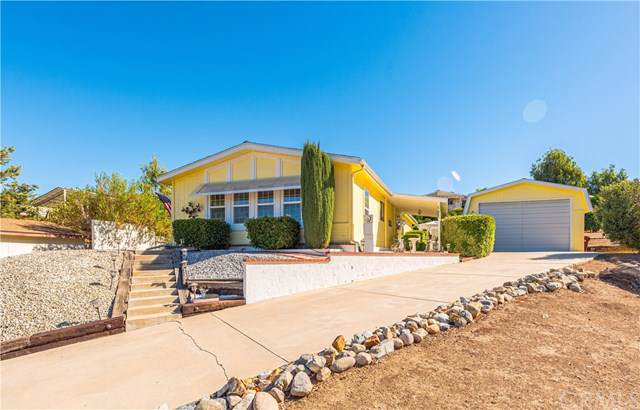 34326 Harrow Hill Road, Wildomar, CA 92595 (#SW19250801) :: J1 Realty Group