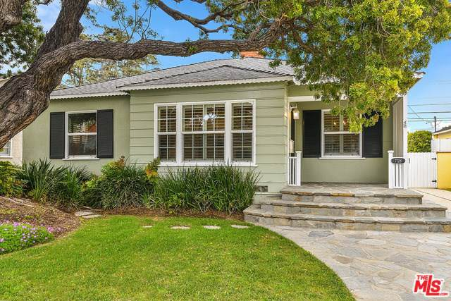 7728 Dunbarton Avenue, Los Angeles (City), CA 90045 (#19524370) :: J1 Realty Group