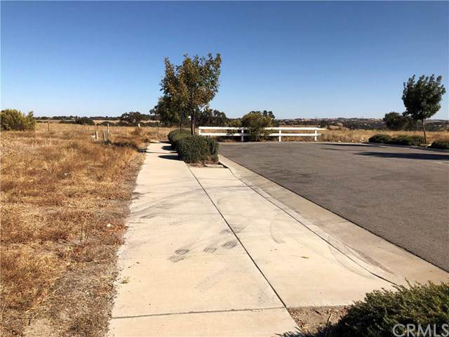 3565 Combine Street, Paso Robles, CA 93446 (#NS19251347) :: RE/MAX Parkside Real Estate