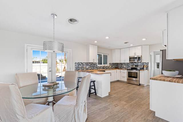 77100 Indiana Avenue, Palm Desert, CA 92211 (#219032606DA) :: J1 Realty Group