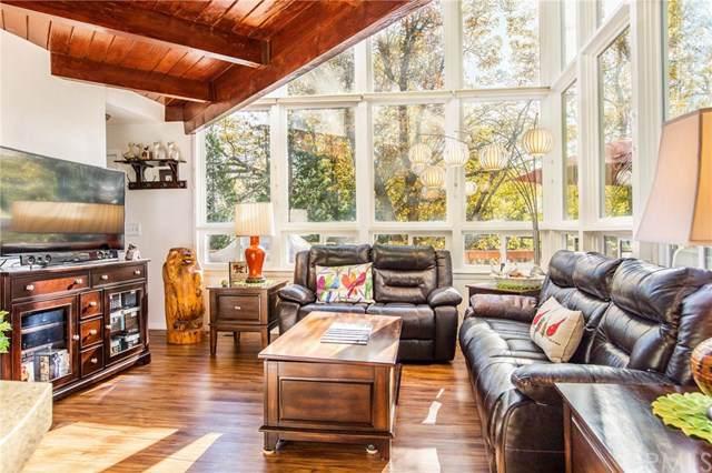 28884 Cedar Drive, Lake Arrowhead, CA 92352 (#EV19252727) :: Berkshire Hathaway Home Services California Properties