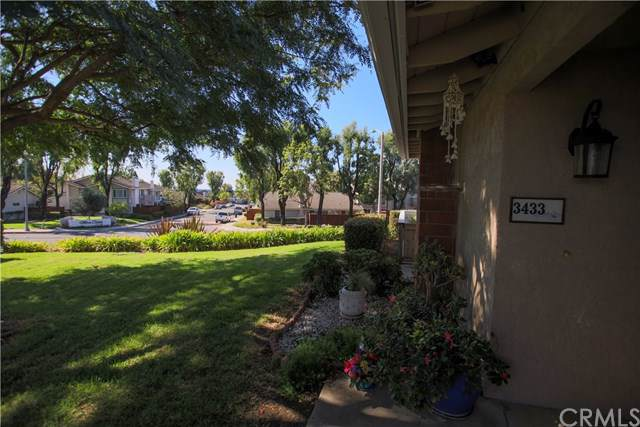 3433 Paseo Flamenco, San Clemente, CA 92672 (#OC19252598) :: Sperry Residential Group