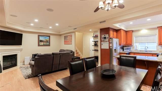 12606 Burbank Boulevard #3, Valley Village, CA 91607 (#BB19251550) :: A|G Amaya Group Real Estate
