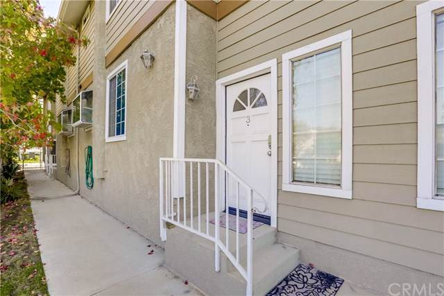 1660 W 220th Street #3, Torrance, CA 90501 (#SB19253490) :: Allison James Estates and Homes