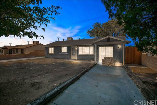 3409 Glendower Street, Rosamond, CA 93560 (#SR19253571) :: Rogers Realty Group/Berkshire Hathaway HomeServices California Properties
