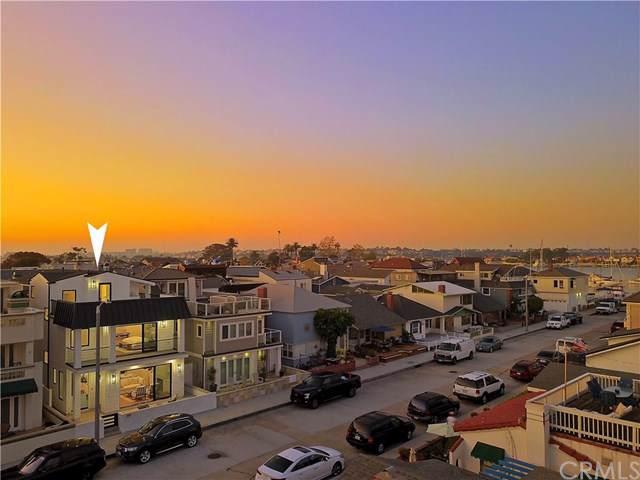 309 Coronado Street, Newport Beach, CA 92661 (#NP19254096) :: Sperry Residential Group