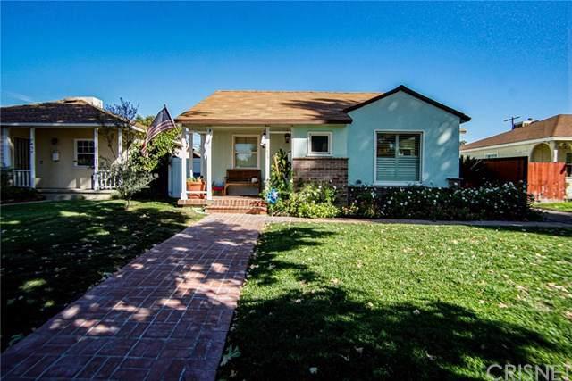 7426 Gloria Avenue, Lake Balboa, CA 91406 (#SR19254187) :: Sperry Residential Group