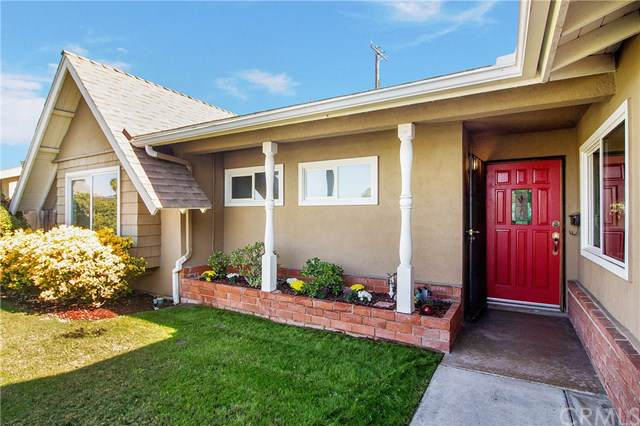 23502 Cavanaugh Road, Lake Forest, CA 92630 (#OC19253485) :: J1 Realty Group
