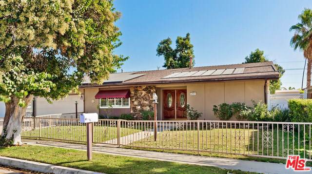 6954 Rubio Avenue, Van Nuys, CA 91406 (#19525484) :: Sperry Residential Group